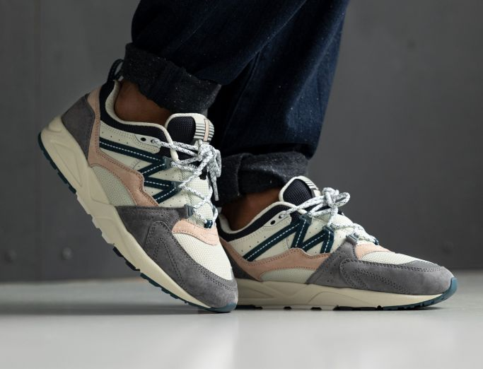 Karhu Fusion 2.0 'legend' Pack frost gray blue coral
