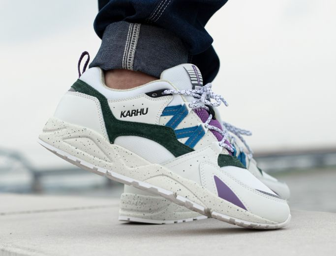 Karhu Fusion 2.0 'Summer Colours' Pack bright white blue spruce
