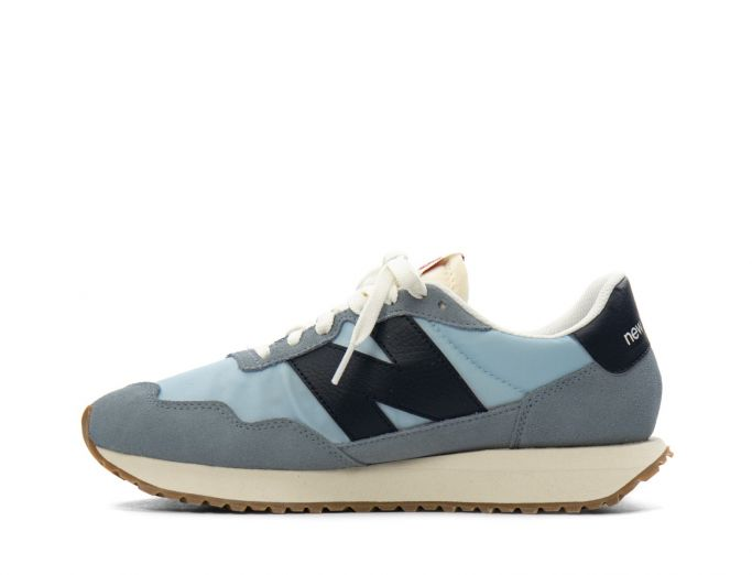 New Balance 237 reflection with eclipse