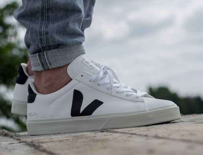 Veja Campo Chromefree Leather extra white black