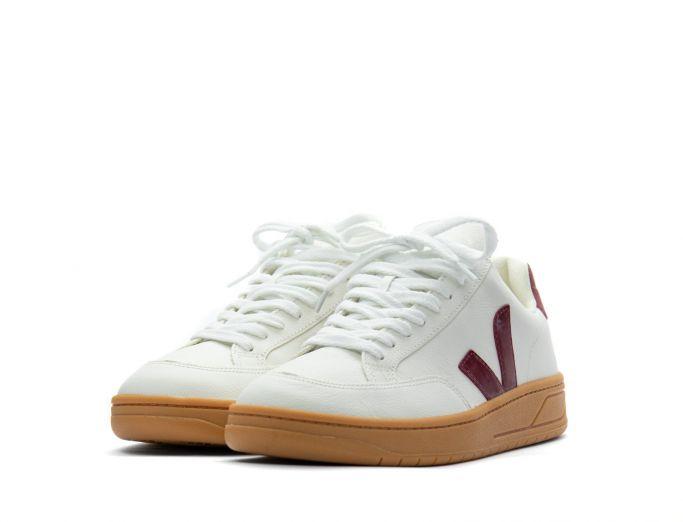 Veja V-12 Chromefree Leather extra white marsala gum sole